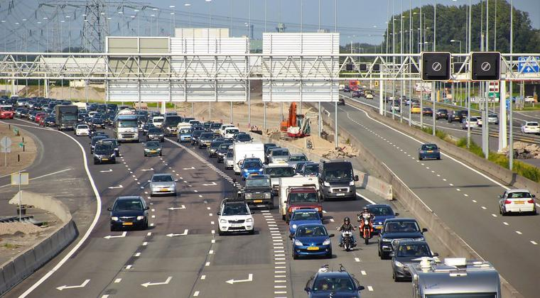 'Allemaal 100 rijden is twintig keer effectiever dan de sleepwet'