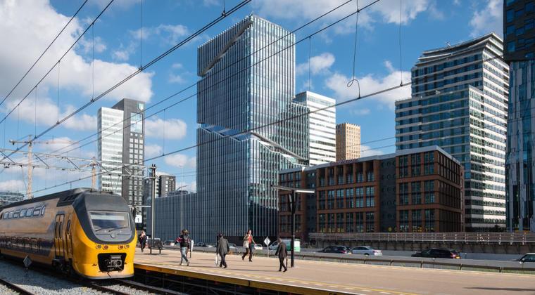 Amsterdam domineert ranglijst kantoorlocaties