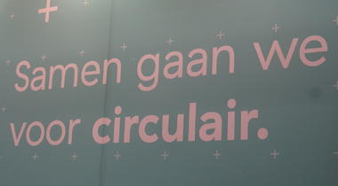 Verbod op wegwerpplastic krijgt groen licht van het Europees Parlement